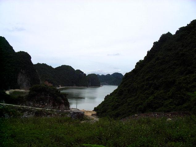 En Plena Bahía de Halong