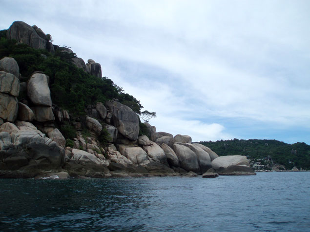 La isla está llena de zonas deshabitadas