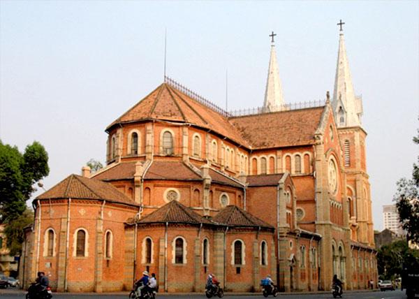 Catedral de Notre Dame en Saigon