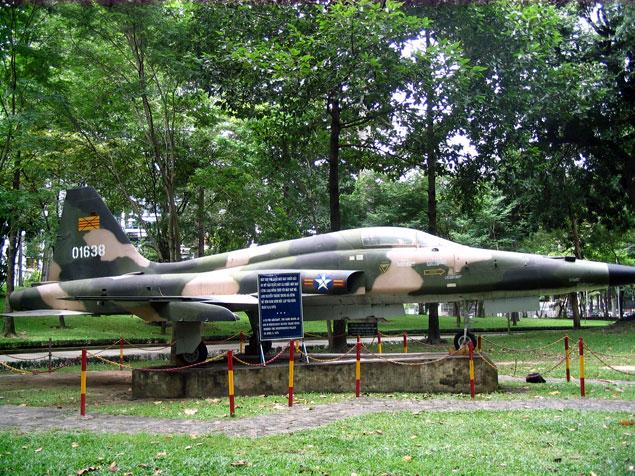 Avión en el Museo de la Guerra