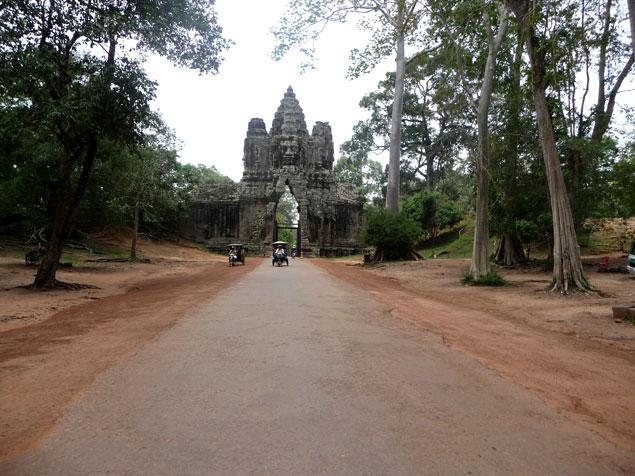 Entrada a la ciudad de Angkor Thom