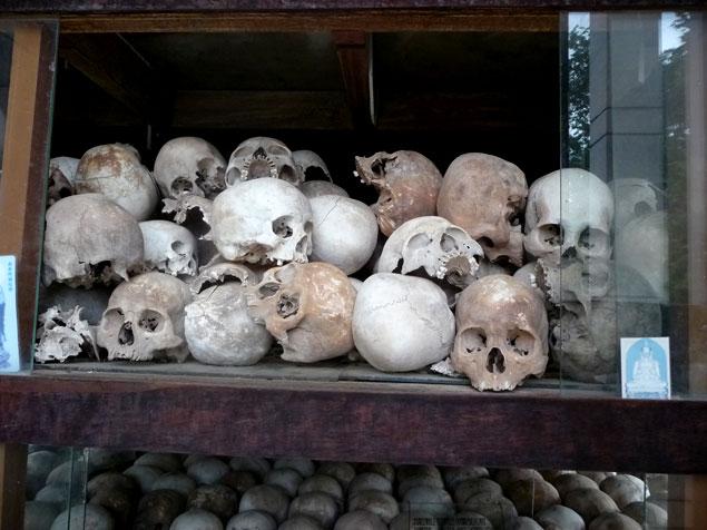 Cráneos de las víctimas