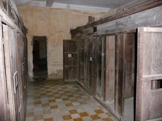 Celdas donde se hacinaba a los presos