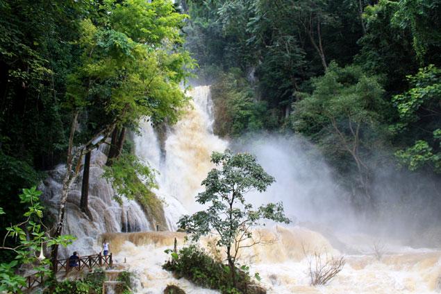 Cascada de Kuang Si , 10 lugares que ver en Luang Prabang