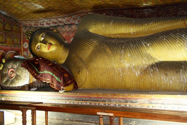 Siddharta reclinado