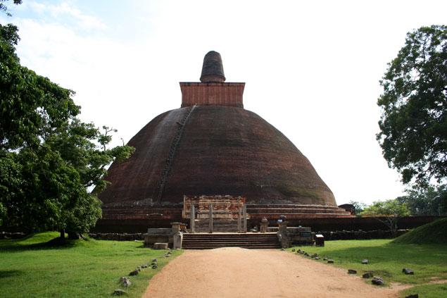 Gran dagoba que ver en Sri Lanka