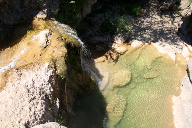 Cascada hacia el primer gorg