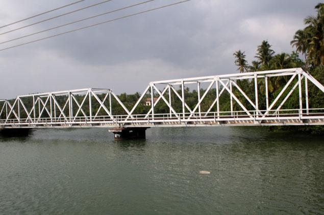 Puente de Weligama