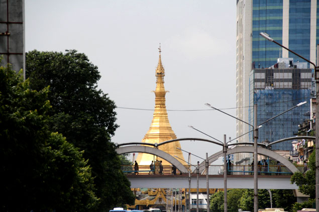 Gran estupa Sule Paya