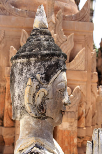 Buda en el yacimiento