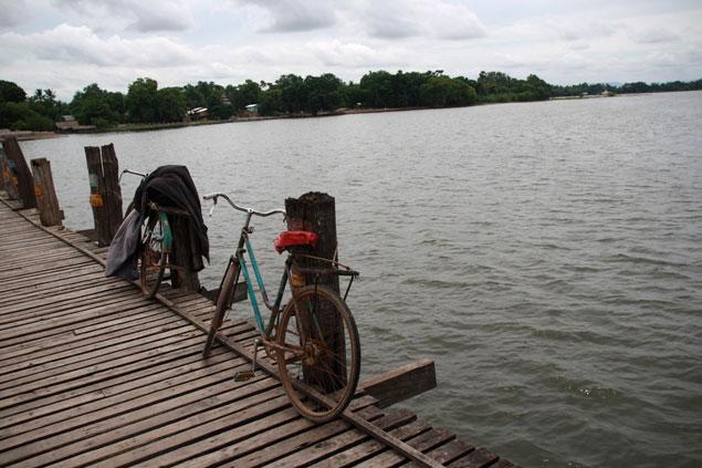 Puente de teca de U Bein