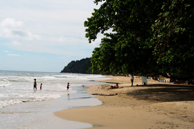 Playa de Hat  (como moverse por Koh Chang)
