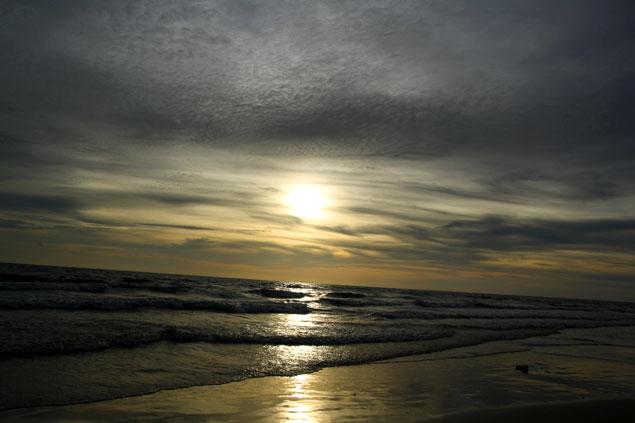 Caida del sol en White Sand Beach