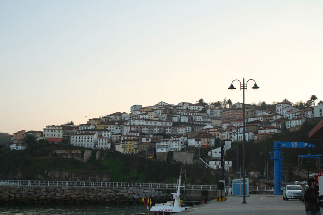 Pueblo de Lastres desde el puerto