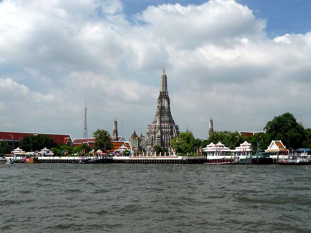 El Imponente Wat Arun