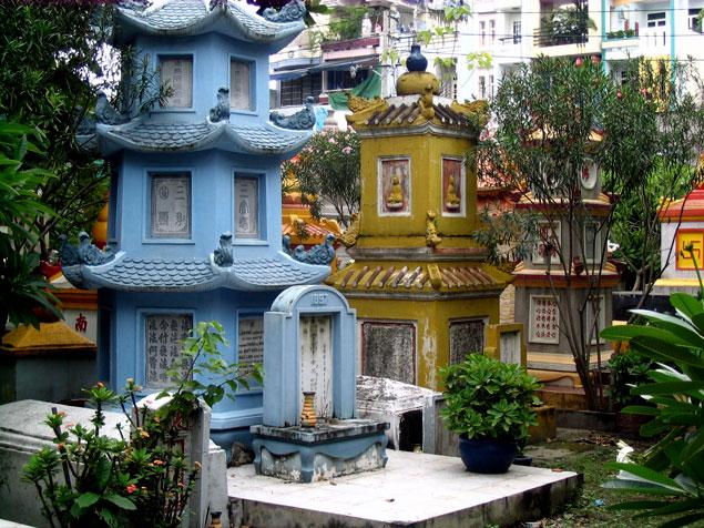 Stupas dedicadas a los Abades