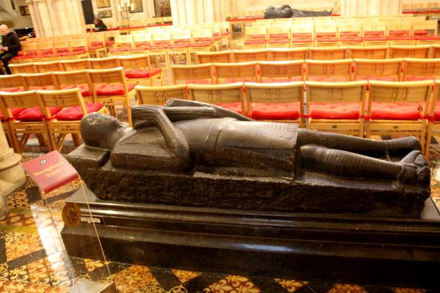 Tumba de Strongbow líder de la invasión normanda