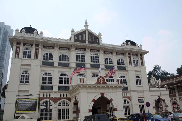 Varios museos componen los alrededores de la plaza
