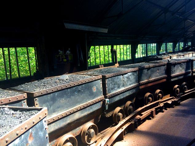 Vagones de carbón