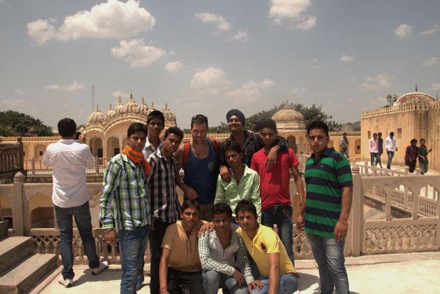 Junto a unos amigos que conocimos en Jaipur