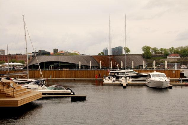 Embarcaciones en Aker Brygge