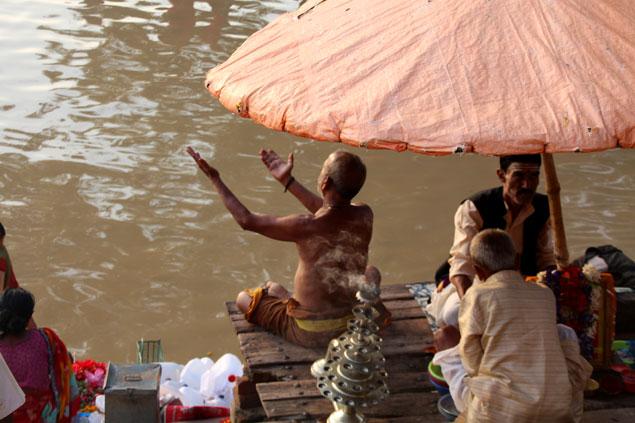 Oraciones al río Ganges , que ver en Varanasi
