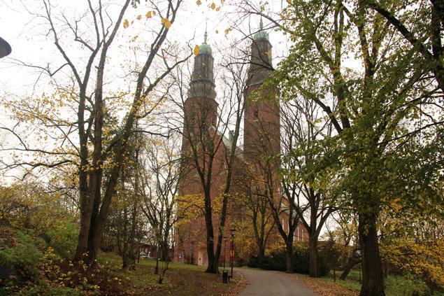Iglesia Hogalids Kyrkan , una de las mas bonitas de Monteliusvagen