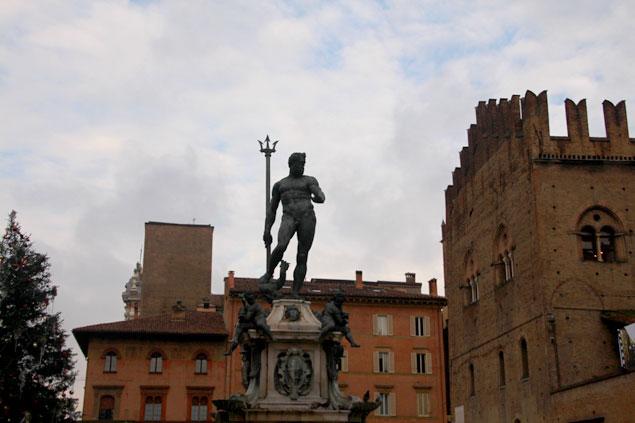 Emblema (que ver en Bolonia)