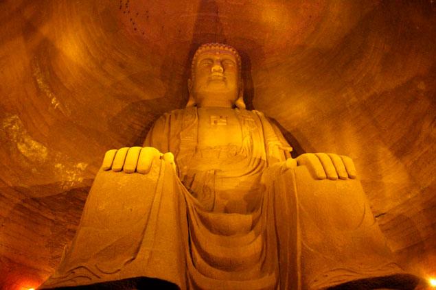 Cuevas budistas del Gran Buda de Leshan