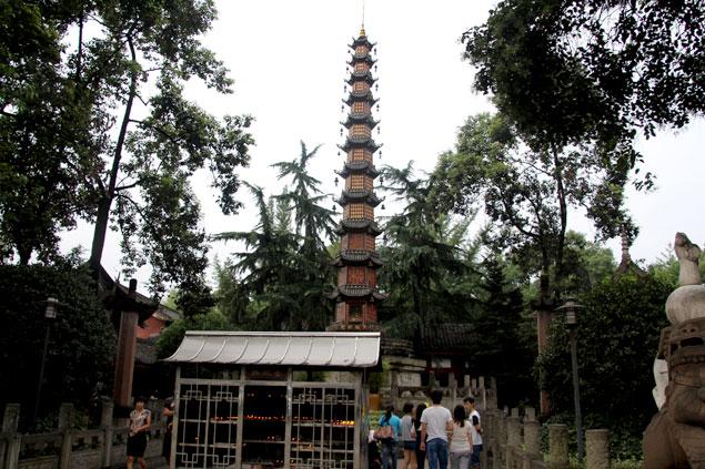 Pagoda de los 1000 budas (Que ver en Chengdu)