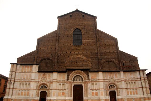 Que ver en Bolonia (Basílica de San Petronio)