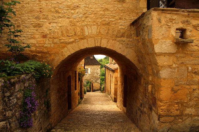 Calles de Castelnaud la Chapelle