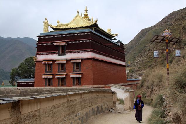 Kora , camino de peregrinaje en el Monasterio de Labrang