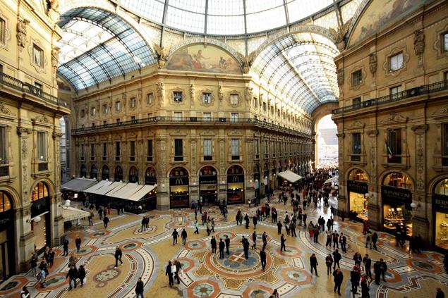 Galeria Victor Manuel II en Milan , imagen tomada de Rahlat.com