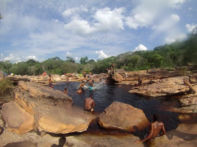 Pozas en Lençois donde los locales se refrescan