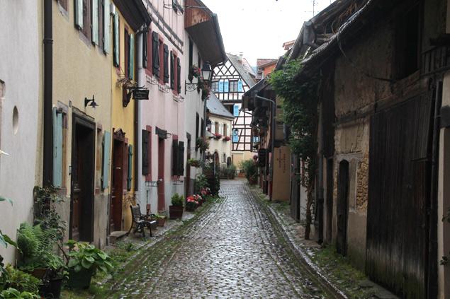 Paseando por una villa medieval
