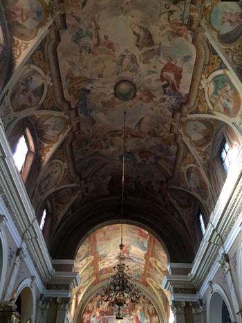 detalles de las pinturas y frescos