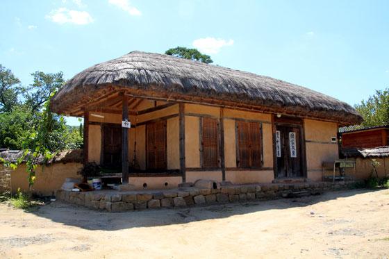 Dormir en una aldea Hanok tradicional