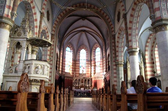 Interior de la Catedral de Sarajevo
