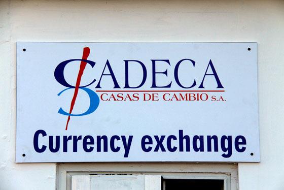 Moneda y cambio Cuba (Cadecas ) las casas de cambio oficiales