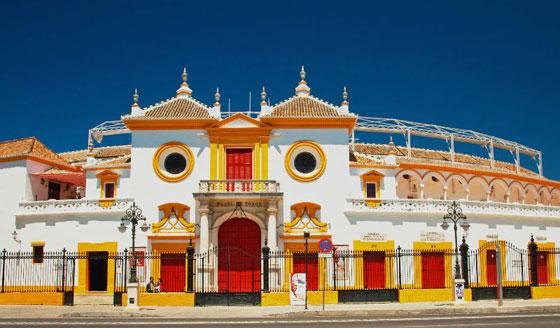 La famosa Plaza de toros de Sevilla
