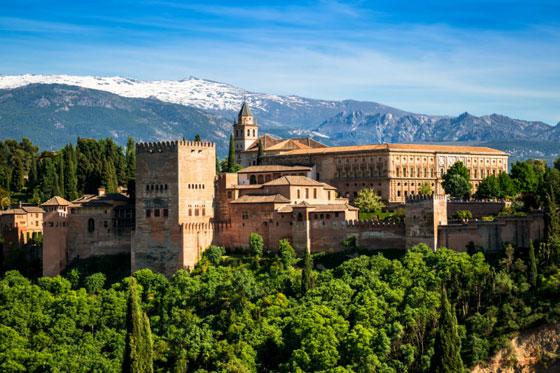 Vista de la famosa Alhambra, Granada