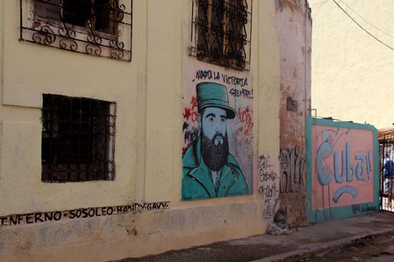 Mensajes de la Revolución por toda la ciudad