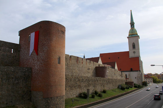 Que ver en Bratislava , murallas de la ciudad