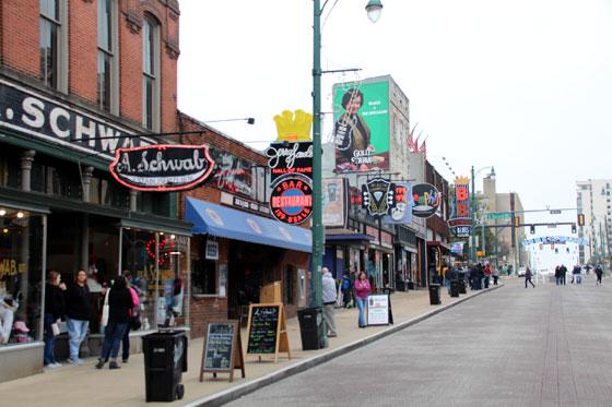 Beale street , en el corazón de Memphis