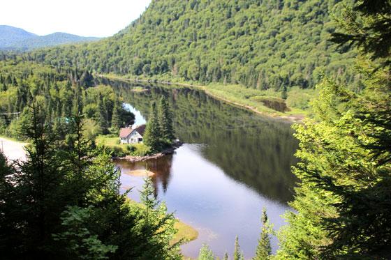 Vistas de uno de los tramos del Parque nacional Jacques Cartier