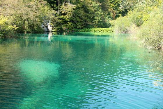 Aguas cristalinas de los Lagos Plitvice