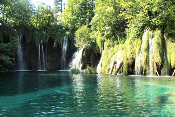 Cascadas del parque natural de los Lagos Plitvice