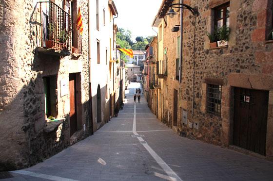 Santa Pau La Garrotxa , calles del municipio
