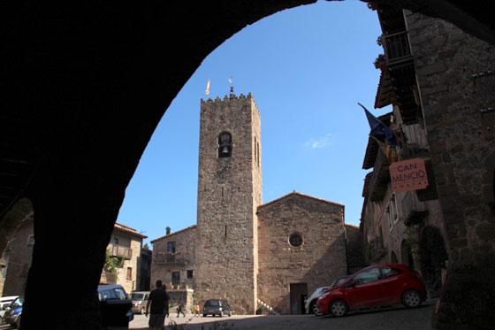 Iglesia parroquial de Santa Pau